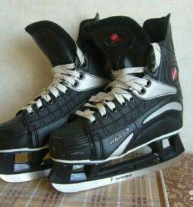 Хоккейные коньки Larsen Warp7