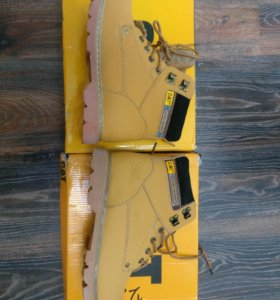 Продам ботинки CATerpillar