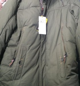 Зимняя утепленная куртка