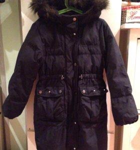 Пуховое пальто Gap 8T