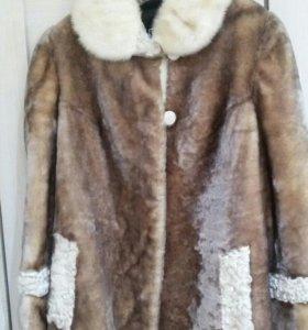 Куртка - мутон.