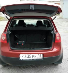 Volkswagen Golf 1.6AT, 2008, хетчбэк