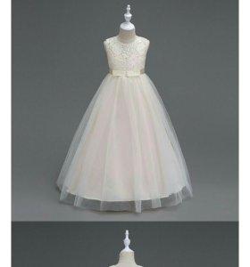 Платье на девочку праздничное 120 см