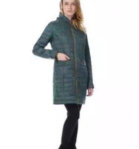Демисезонное , лёгкое пальто. Распродажа .