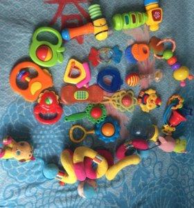 Пакет игрушек для младенцев