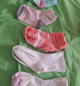 Продам носки на девочку и мальчика р.23-26