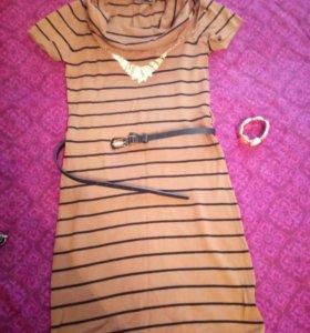 Трикотажное платье INSITY