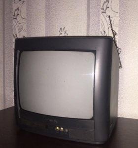 Телевизор + навесной кронштейн