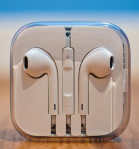 "Гарнитура Apple ""EarPods"""