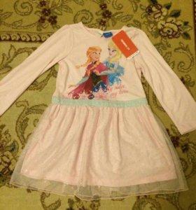 Платье на девочку розовое