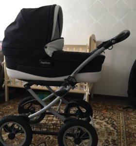 Продам итальянскую коляску в идеальном состоянии