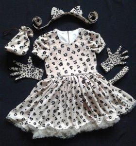 Новогоднее леопардовое платье