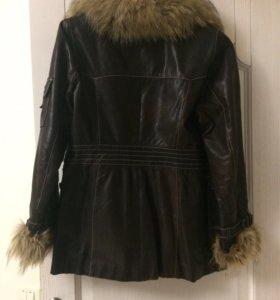 куртка из натуральной кожи и с натуральным мехом
