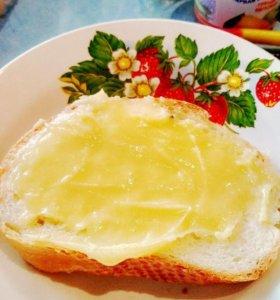 Мёд полезно и вкусно:)