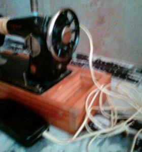 Швейная машинка ПМЗ