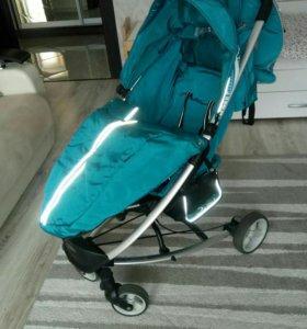Прогулочная коляска в отличном состоянии