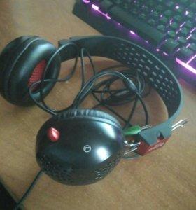 Наушники с микрофоном intro hs8090