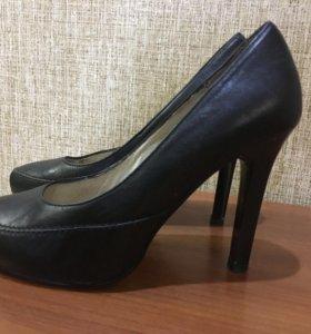 Туфли женские кожаные Covani, 35 размер