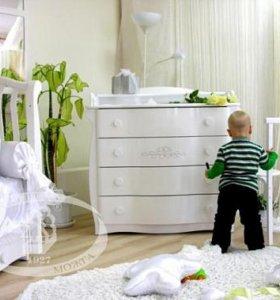 Кровать + комод + новый матрас + наматрасник