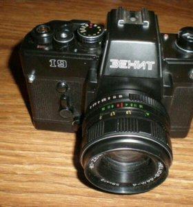 Продам фотоаппарат зенит 19
