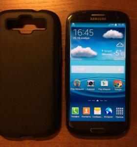 Смартфон Samsung Galaxy S III GT-I1900 16 GB.