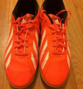 Adidas Бутсы футбольные
