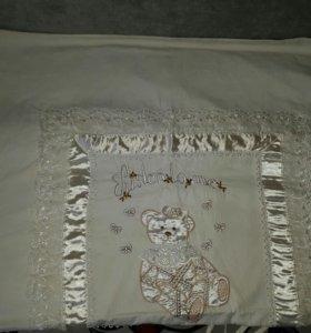 Два комплекта в детскую кроватку с матрасом