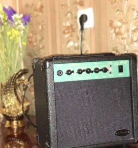 Комбик для электрогитары
