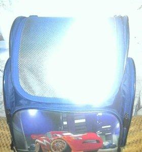 Портфель-рюкзак для 1-3кл.