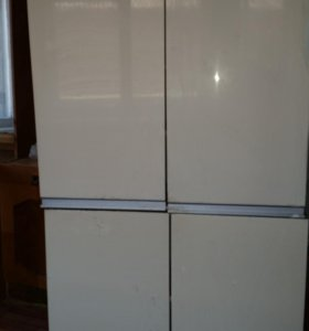 2 кухон.шкафа б/у по250 руб.