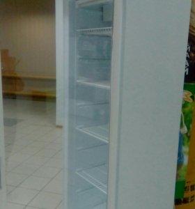 Холодильник-витрина для магазина,кафе и т.д.