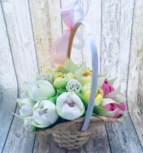 Букет из конфет «Вкусные тюльпаны»