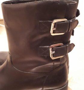 Женские ботинки Carlo Pazolini