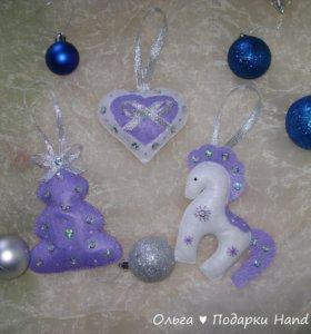 Игрушки на новогоднюю ёлку