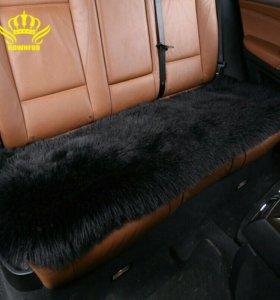 Меховой чехол на заднее сиденье