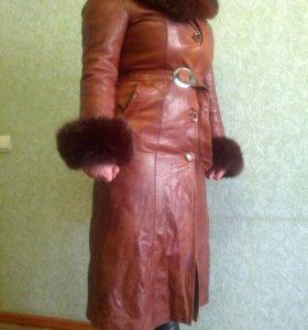 Пальто женское кожанное р 48 - 50
