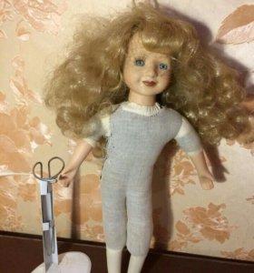 Фарфоравая кукла