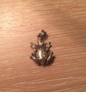 Подвеска лягушка, подвижные лапки, серебро 925