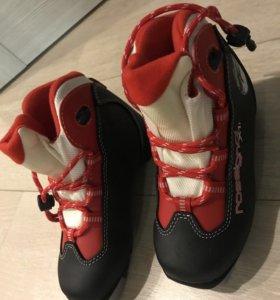 Лыжные ботинки Rossignol, детские 31 размер