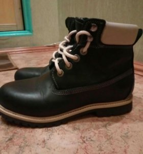 Ботинки из натур.нубука