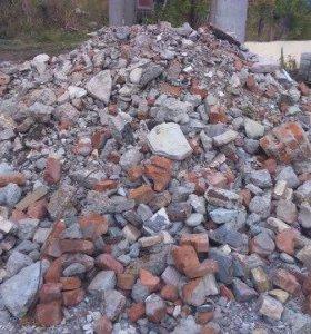 Приму строительный бой кирпича или бетона
