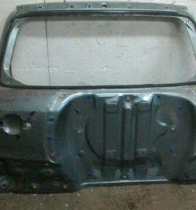 Крышка багажника Toyota Rav 4 2006-2012