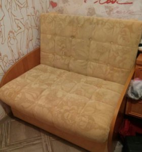 Кресло, тахта