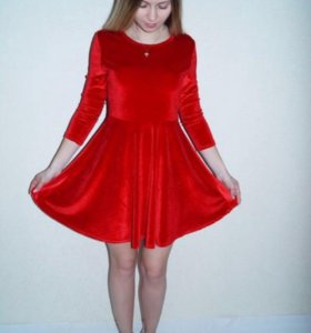 Платье новое из бархата