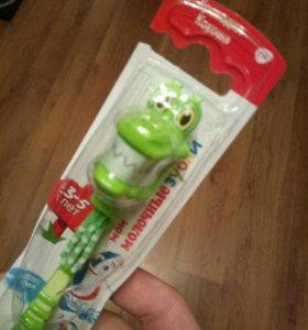 Зубные щетки детские хорошие.
