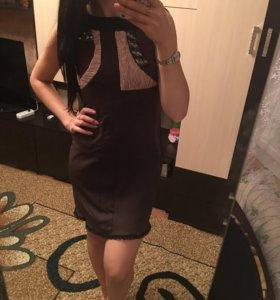 Фирменное платье , Италия .