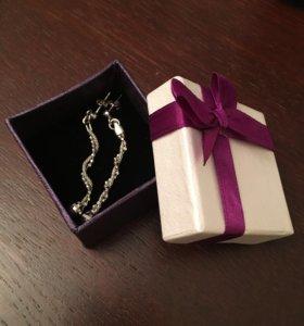 НОВЫЕ сережки серебро 925 в подарочной коробке