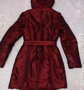 Удлинённая стёганая куртка-пуховик