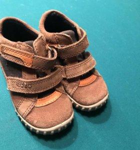 Детские ботинки Ecco 21р.