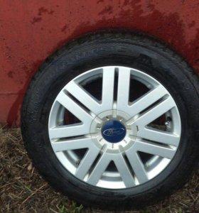 Диски с зимней резиной на Ford Fusion